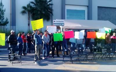 Protestan Maestros Frente Al Sat El Heraldo De Juárez