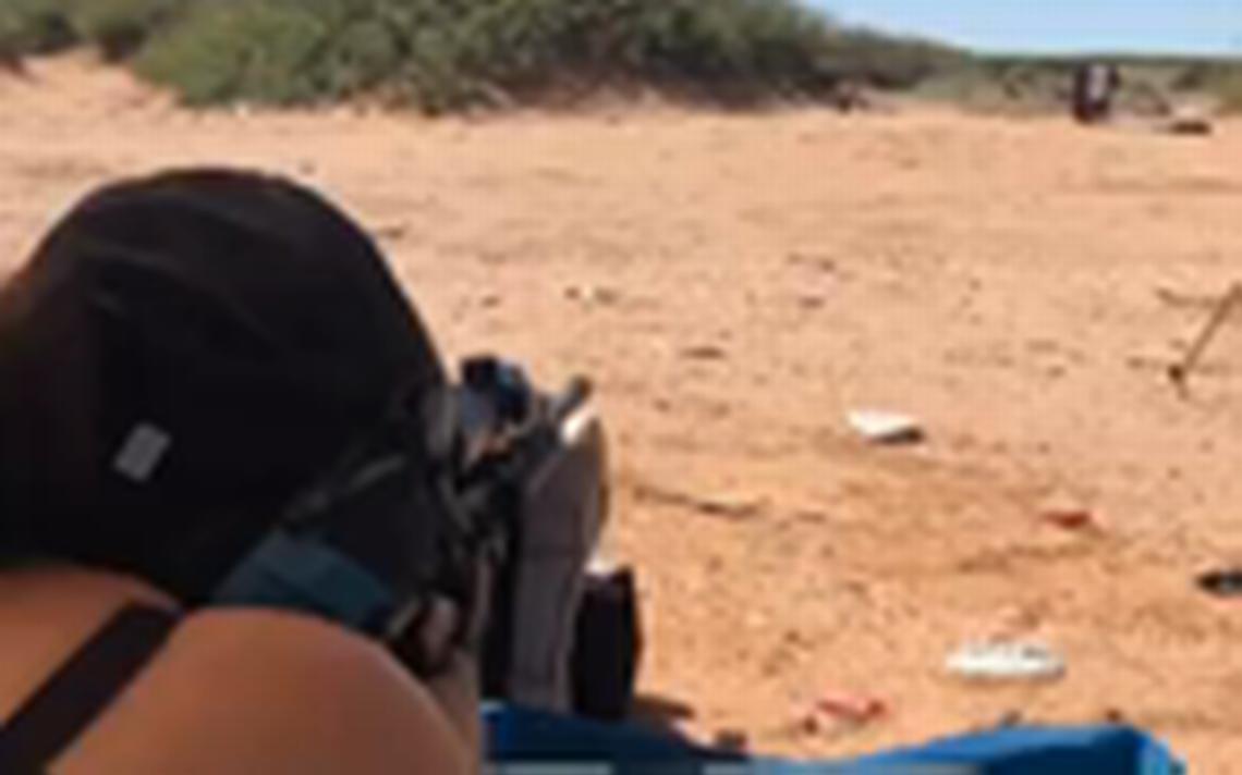 Mujer asesinada anoche presumía potentes armas en Facebook - Periódico el  Mexicano a9d496f2b5529